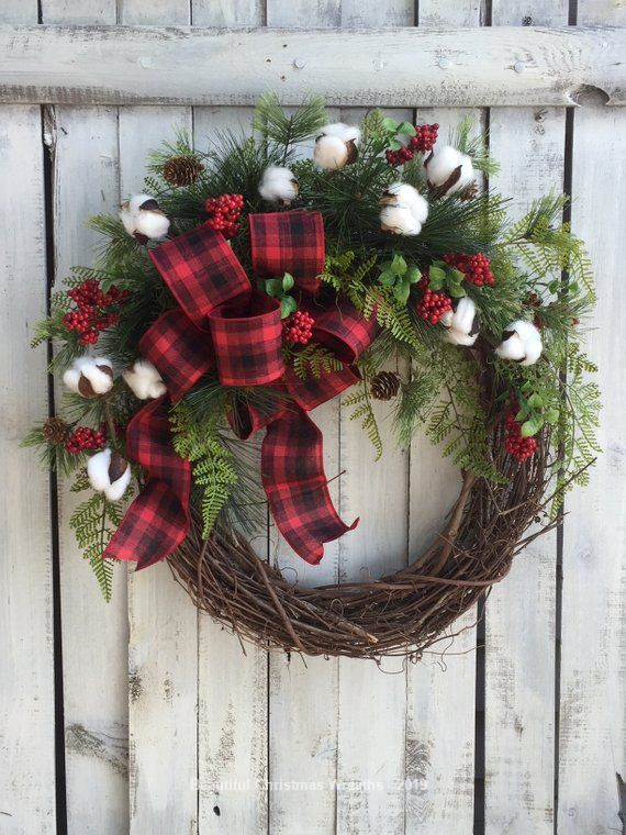 15 Diy Christmas Wreaths From Unexpected Materials Christmas Door Wreaths Christmas Wreaths Holiday Wreaths