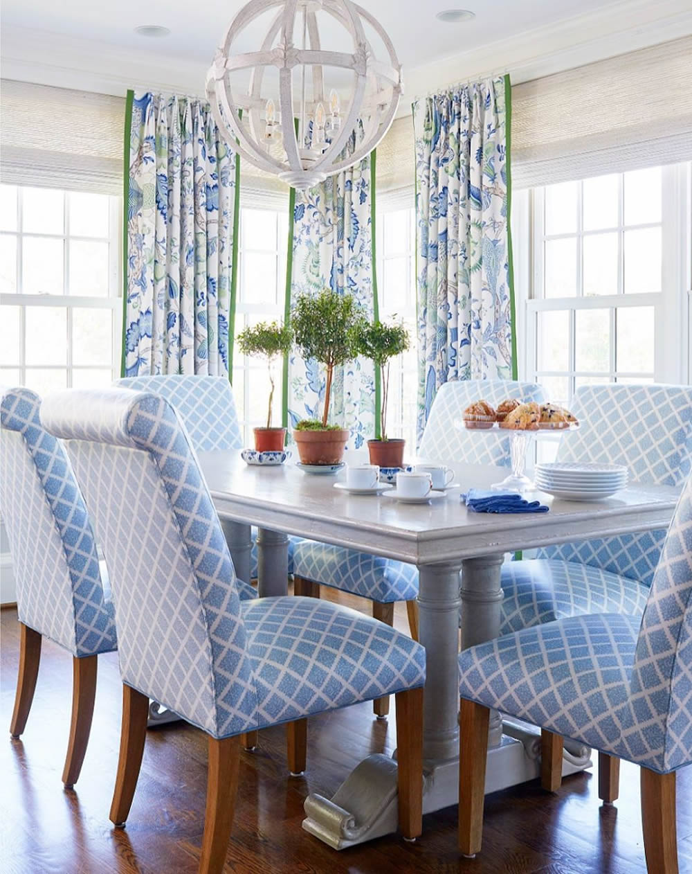 Quadrille Shanghai Chairs By Kelly Proxmire Green Dining Room Home Room Design Trending Decor