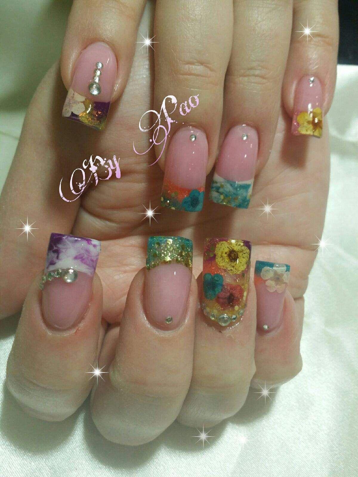 Encapsulated nails | Nails | Pinterest | Arte de uñas, Diseños de ...