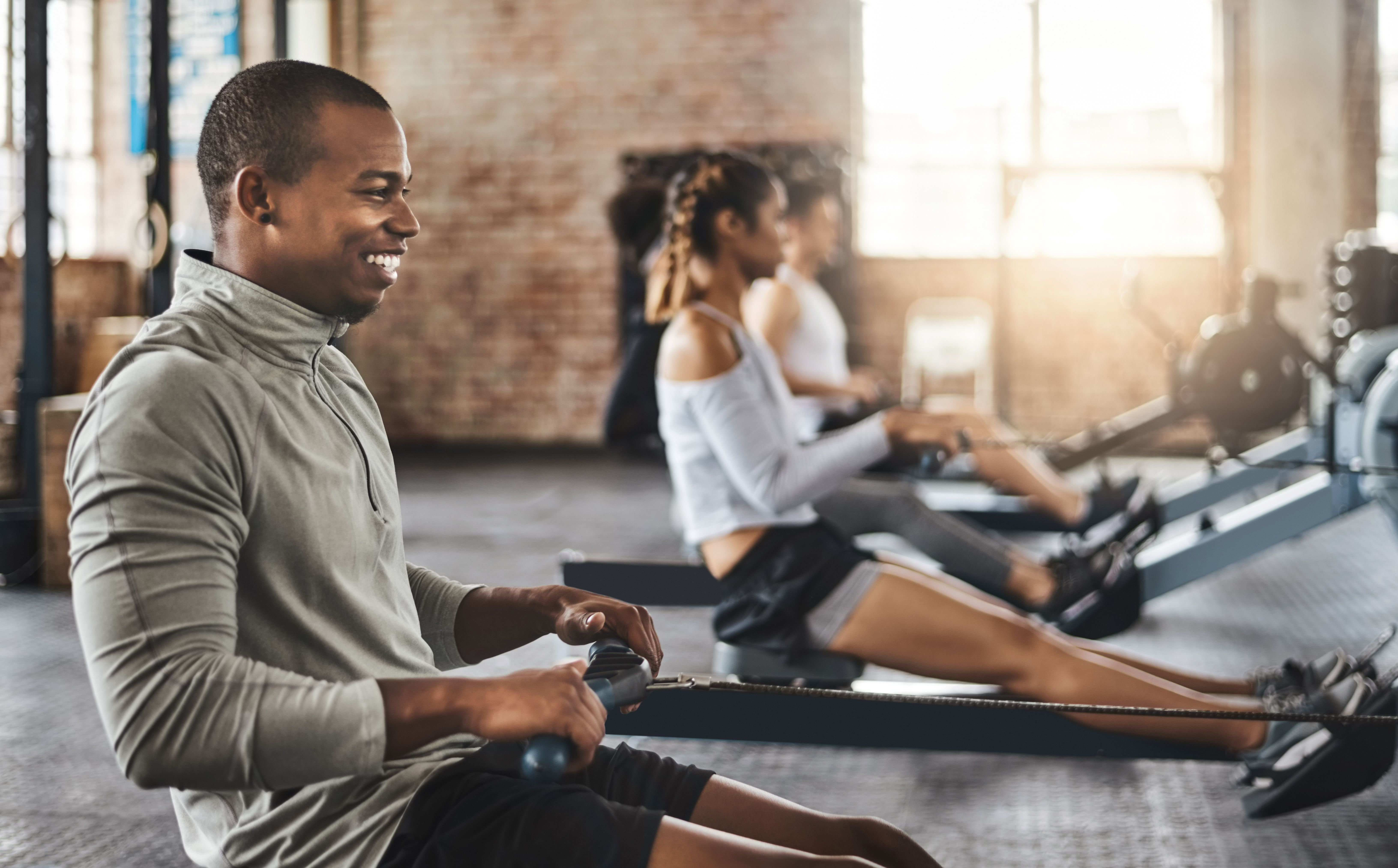 Burn calories like crazy with an indoor rowing class with
