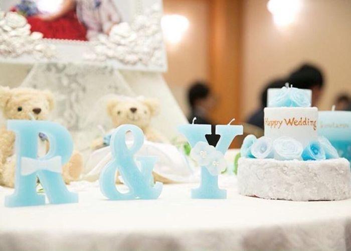 ひとつでも、並べても!飾って可愛いミニチュアサイズの『ウェディングケーキ型キャンドル』まとめ*