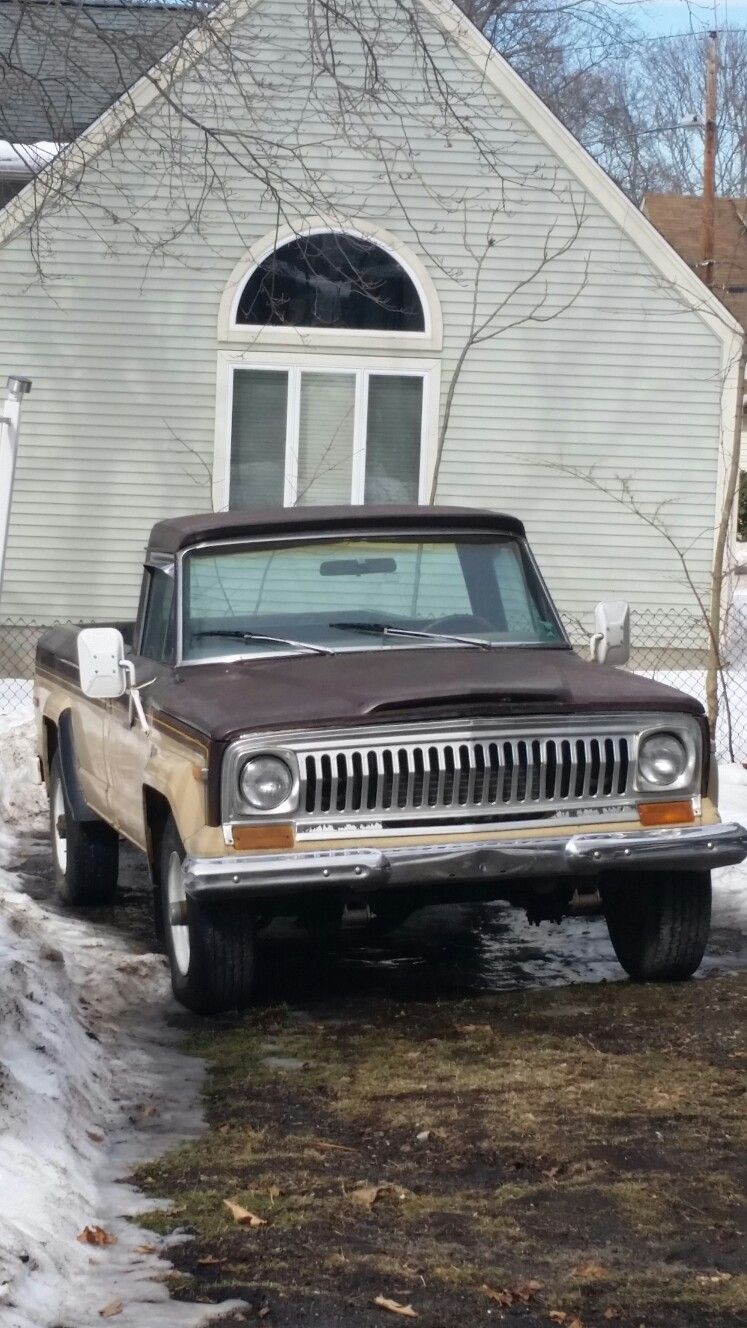 442 miles then parked 1 owner 1975 jeep j 10 [ 747 x 1328 Pixel ]