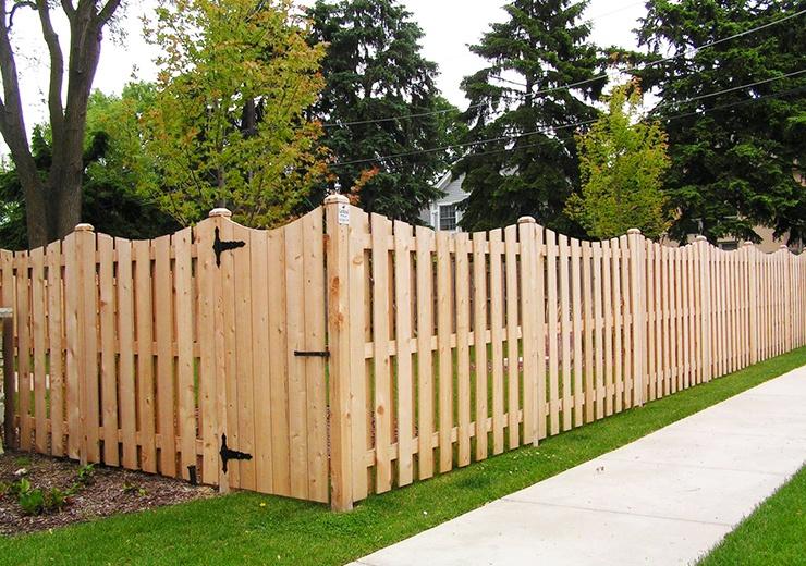 31 Fence Ideas For Privacy Boundaries Unique Designs Worst Room Backyard Fences Privacy Fence Designs Fence Design