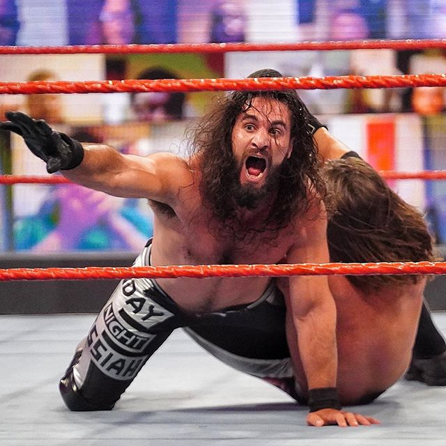 Wwe No Instagram Iameliaswwe Returns To The Red Brand What A Send Off For The Monday Night Messiah Wwerollins Welcome To Wwer Seth Rollins Wwe Aj Styles