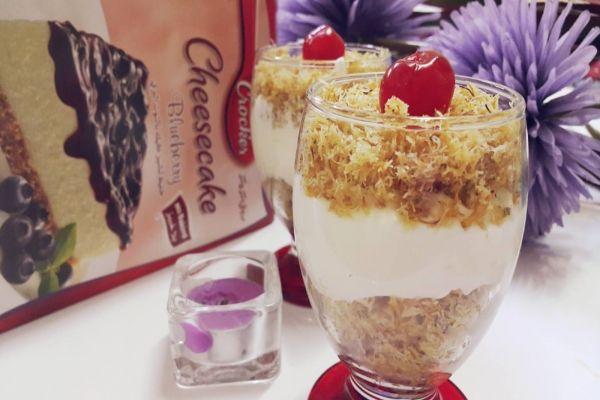 وقت التحضير 10 دقائق الوقت الكلي 15 دقائق عدد الحصص 8 المكونات تشيزكيك توت تشيز كيك توت علبة ربع كيلو Ramadan Recipes Desert Recipes Recipes