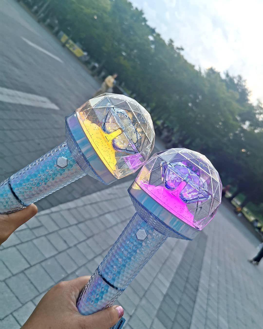 Pin By Ecca Comel On Light Sticks Carat Bong Kpop Aesthetic Seventeen Kpop