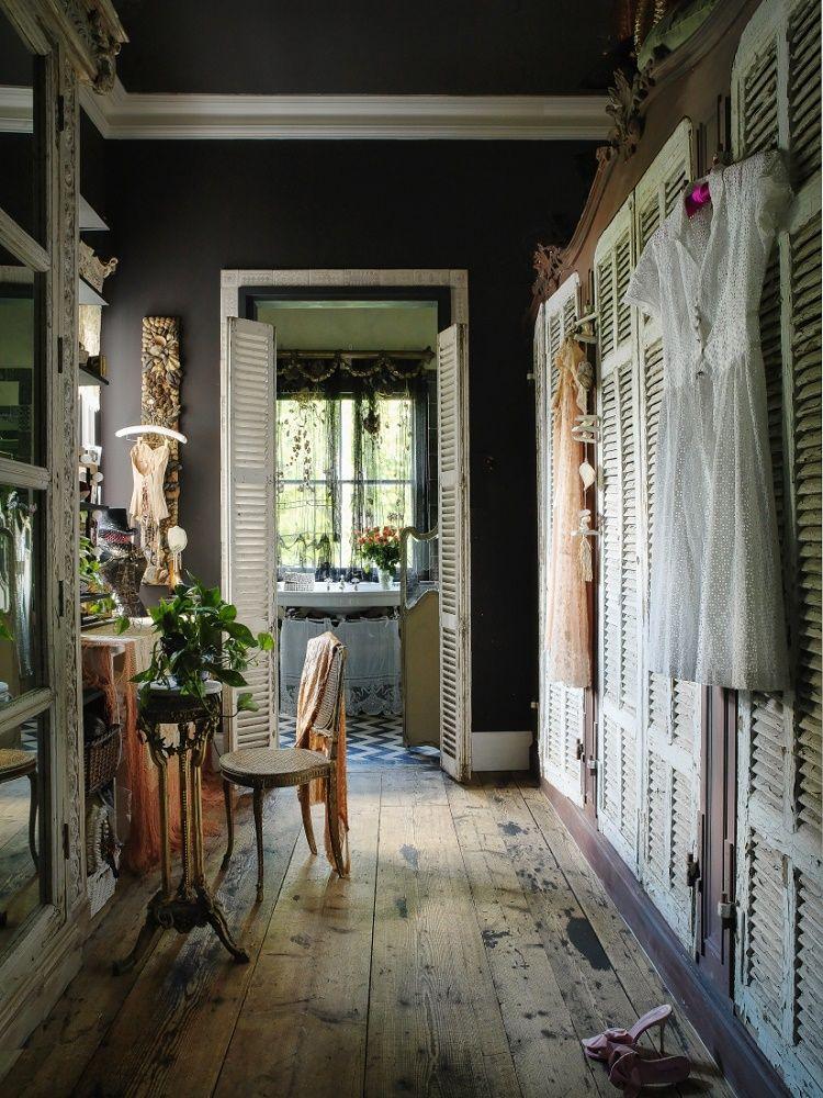 Sera Of London\'s Flat In Little Venice | Serum, Bohemian and Interiors