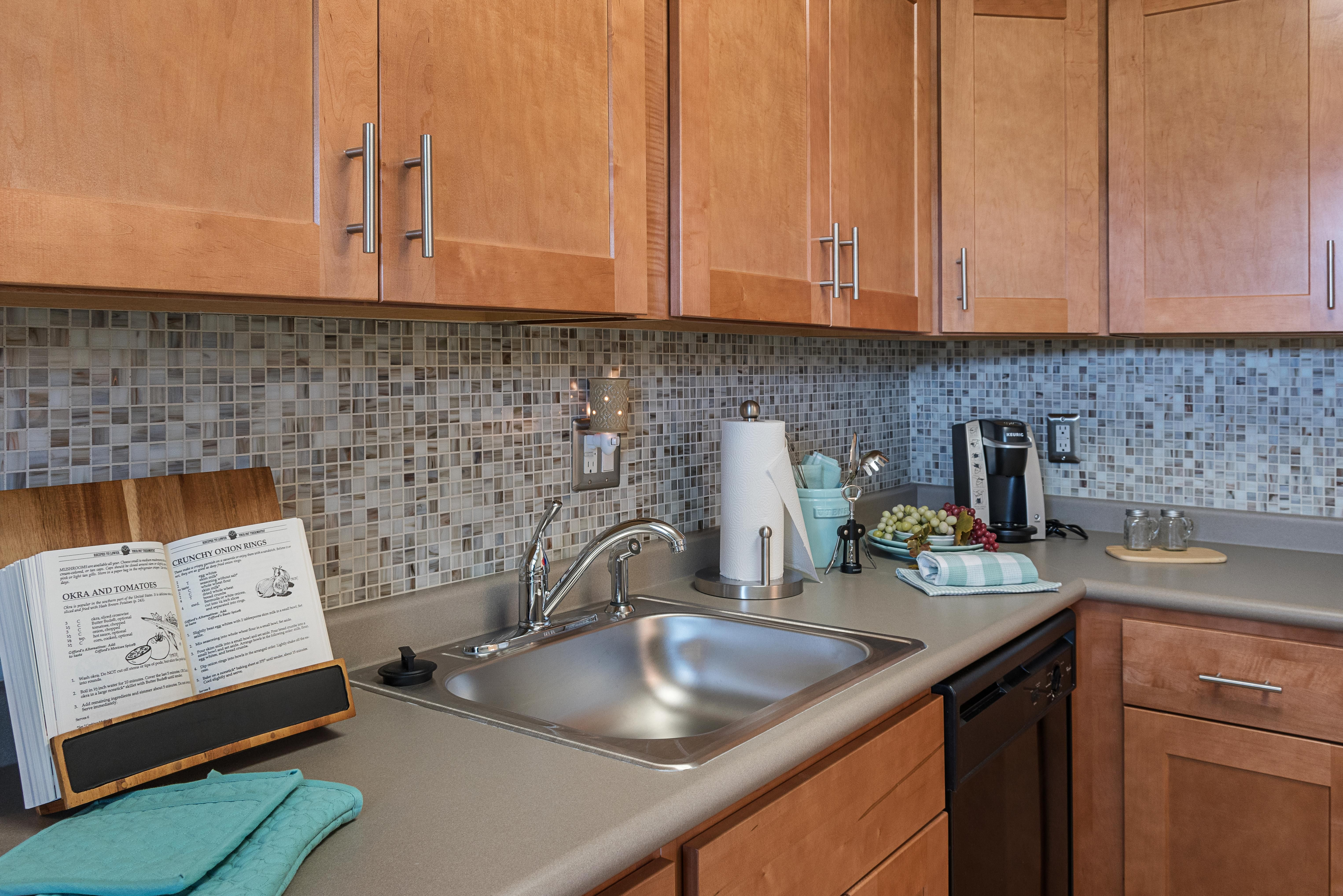 Pin By Contemporary Short Term Housin On Grampian Manor Williamsport Pa Corporate Housing Furnished Apartment House
