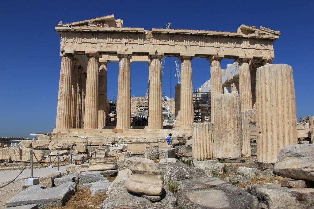 Your Survival Guide to the Parthenon in Athens Greece www.compassandfork.com