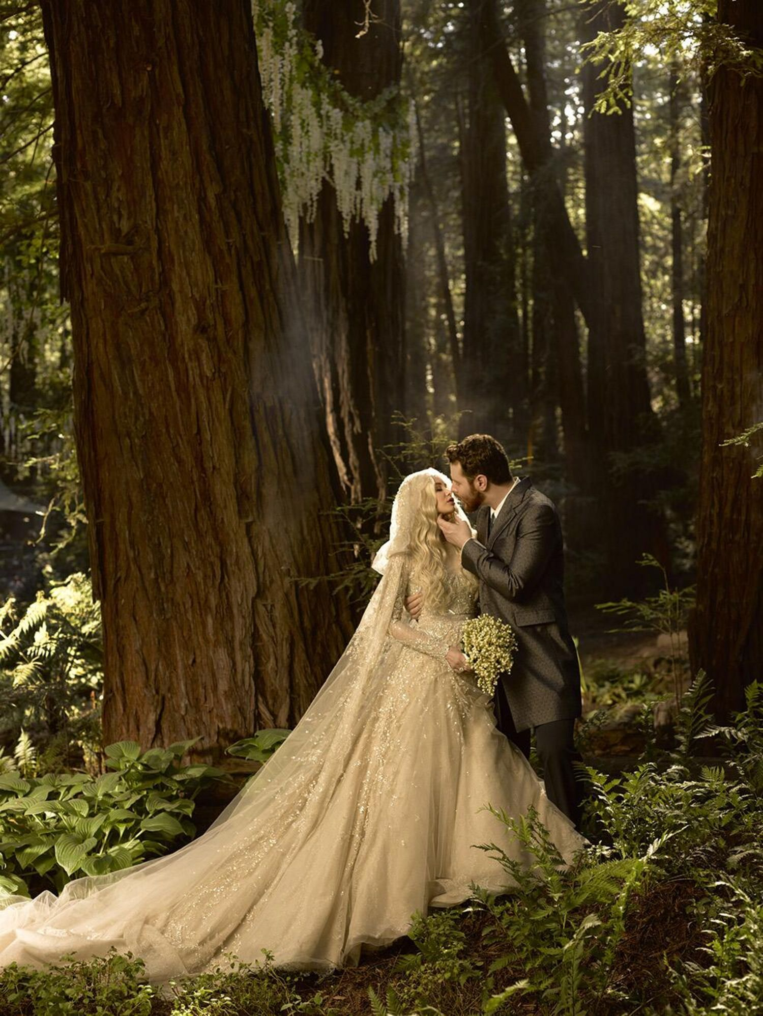 I'm SERIOUSLY in love with this.  The trees, the lighting, but most especially THE DRESS!!!! Can I have it?
