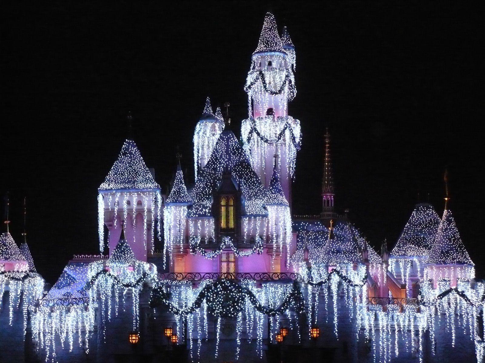 paris christmas - Disneyland Christmas Time