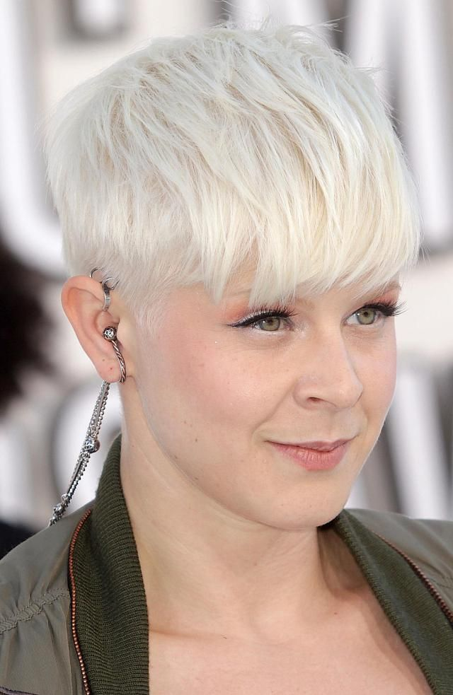 A Photo Gallery of Gorgeous Platinum Colored Hair: Robyn