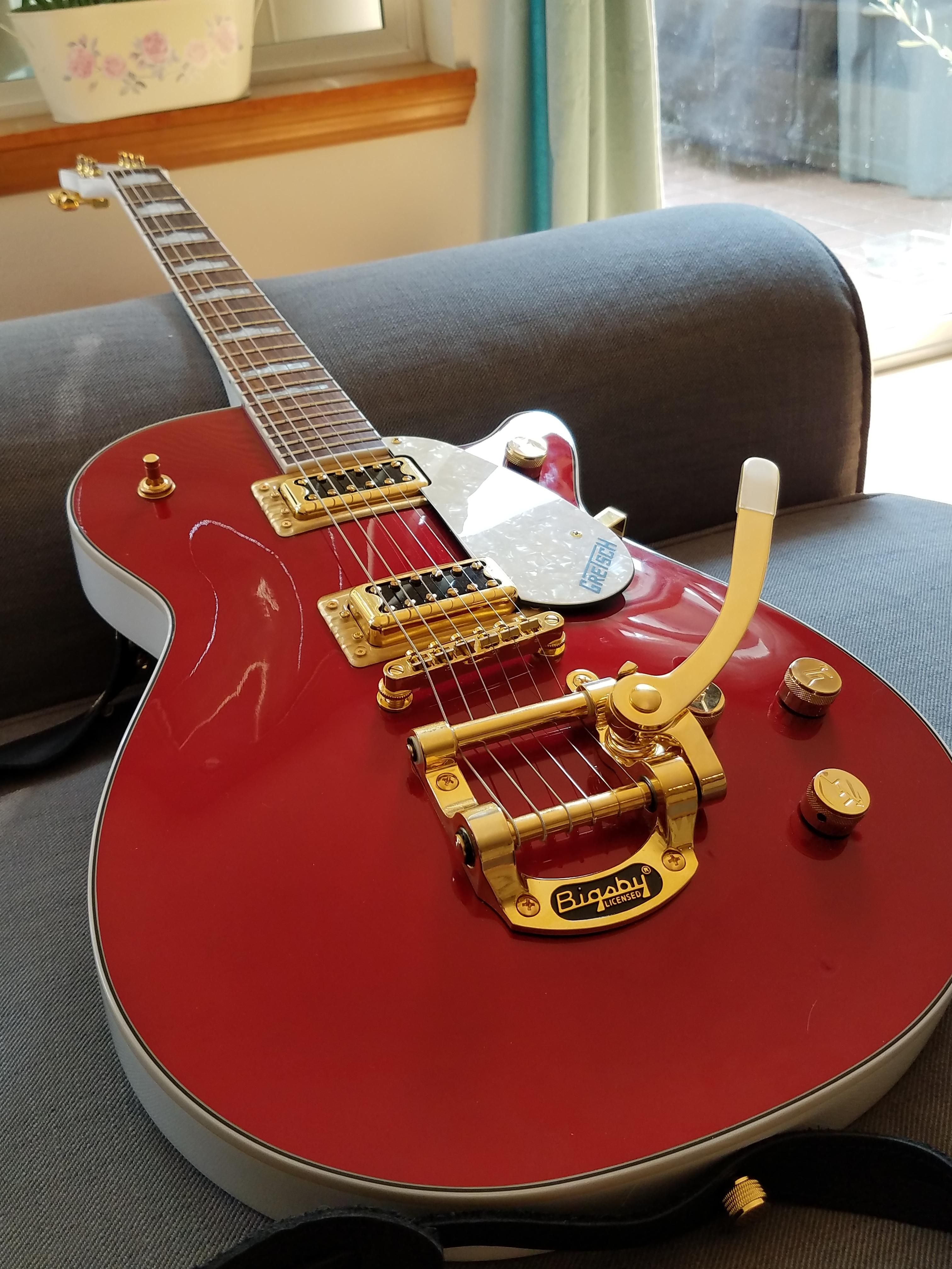 My nee Gretsch FSR Electromatic in Candy Apple Red and