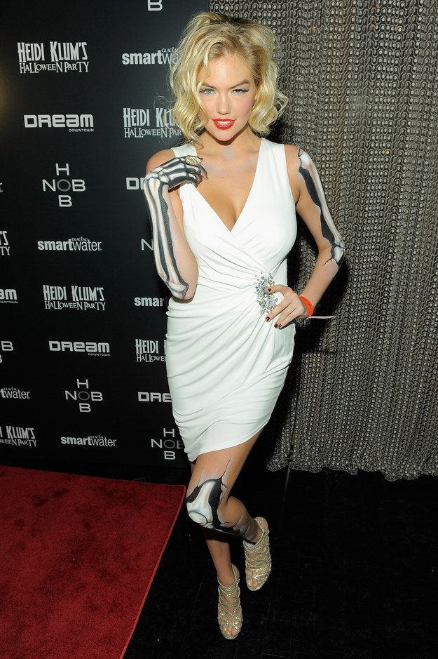 Kate Upton as a Marilyn Monroe zombie/skeleton | 38 Best And Worst Celebrity Halloween Costumes  sc 1 st  Pinterest & 38 Best And Worst Celebrity Halloween Costumes | Celebrity halloween ...