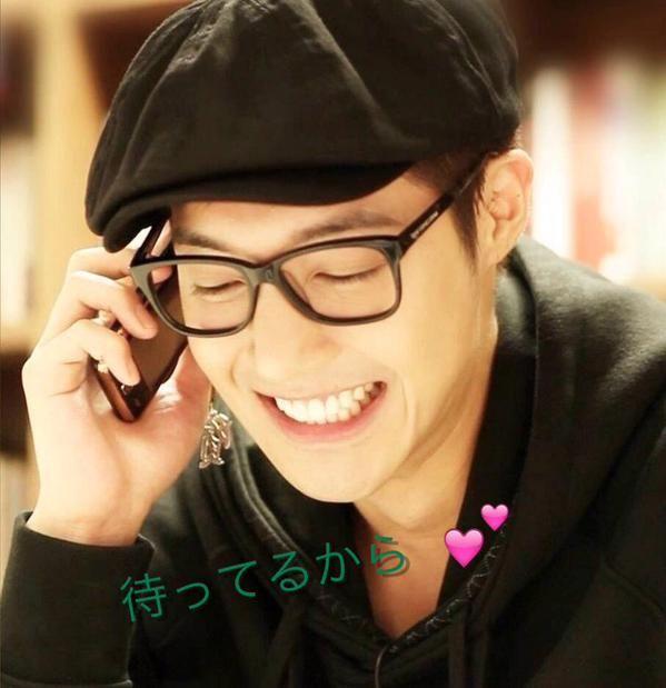 Kim Hyun Joong 김현중 ♡ adorable grin ♡ happy ♡ glasses ♡ hat ♡ Kpop ♡ Kdrama ♡ (^-^)