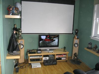 Small gaming setup gaming setups hall of shame part - Small video game room ideas ...