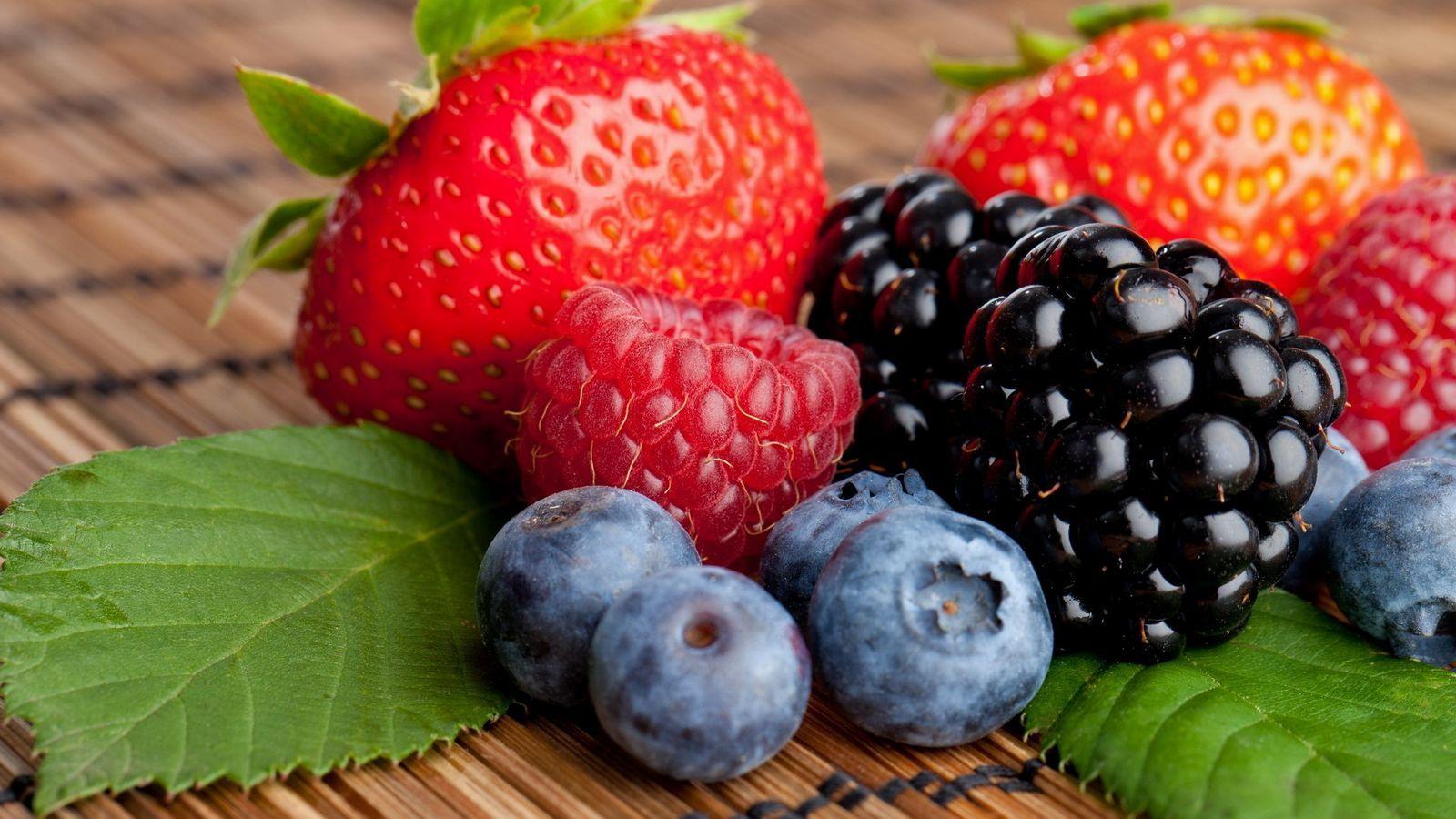 Blackberry fruit wallpaper - Wonderful Different Sweet Fruits Hd Wallpapers