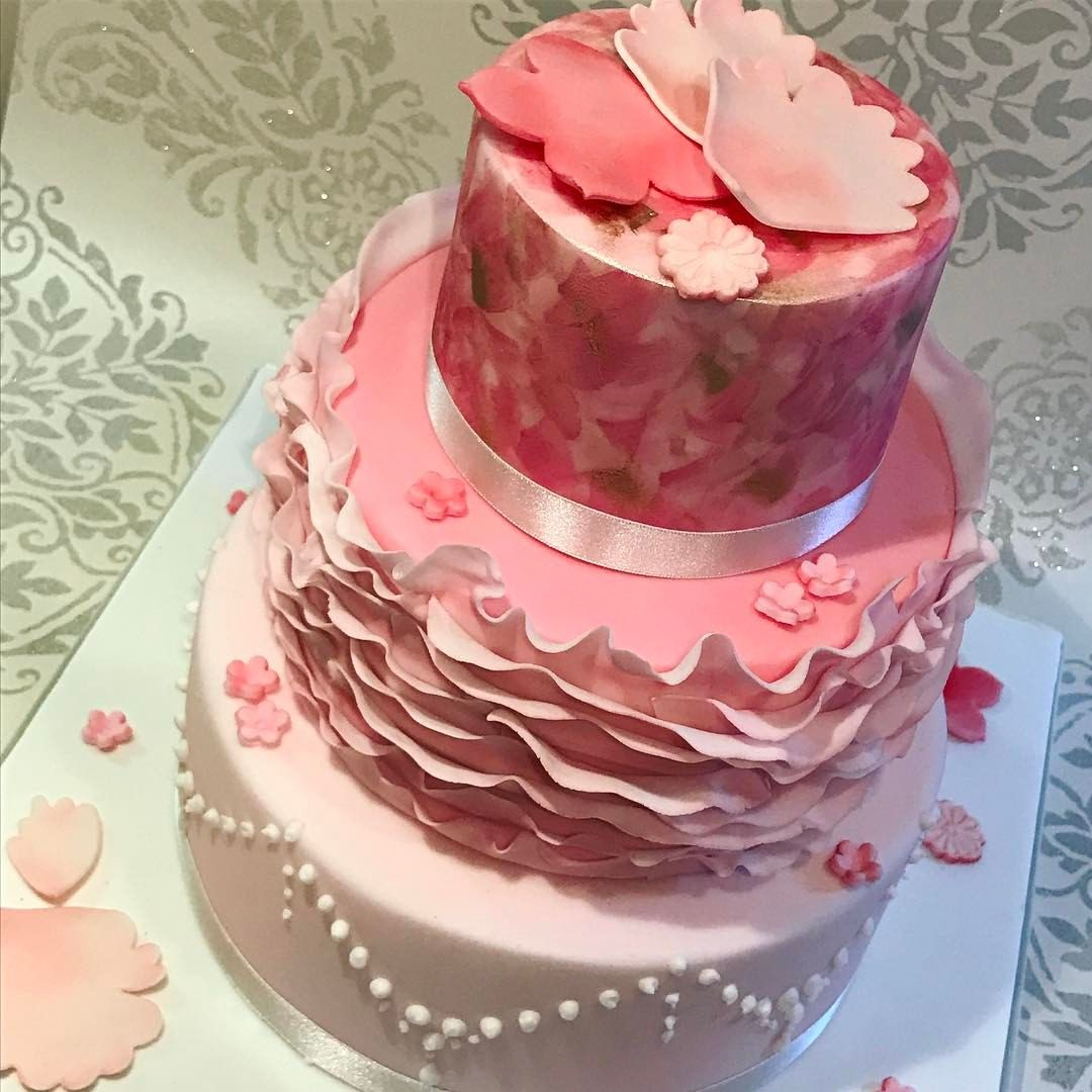 Pin by talicia scriven on art cakes | Pinterest | Art cakes and Cake