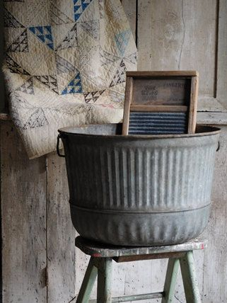 Vintage Galvanized Round Wash Tub Primitive Farmhouse Decor