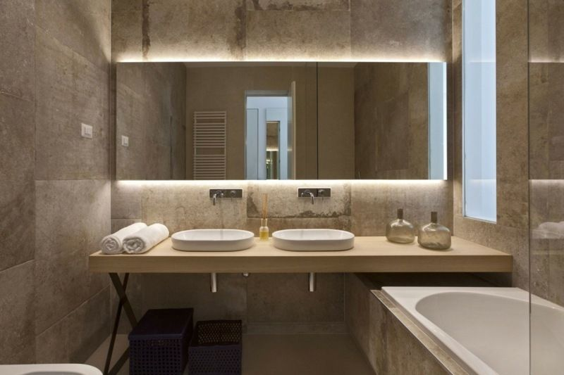 amenagement-interieur-maison-miroir-rectangulaire-plan-vasque