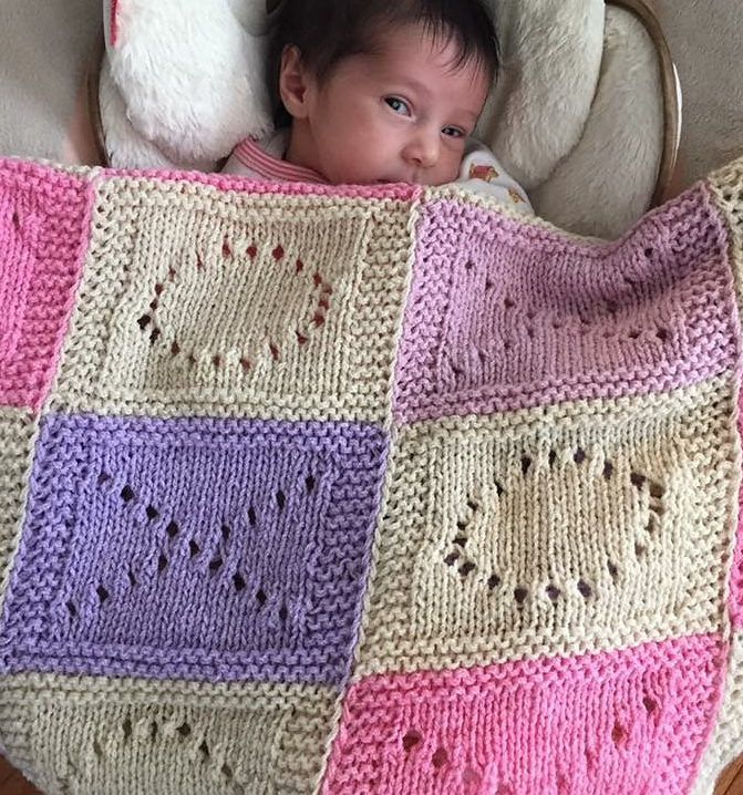 7360179df460 Free Knitting Pattern for Hugs and Kisses Baby Blanket - Easy Baby ...