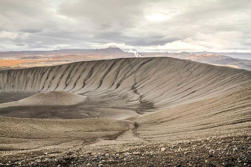 10 Places To Visit In Iceland To Connect With Earth Nature