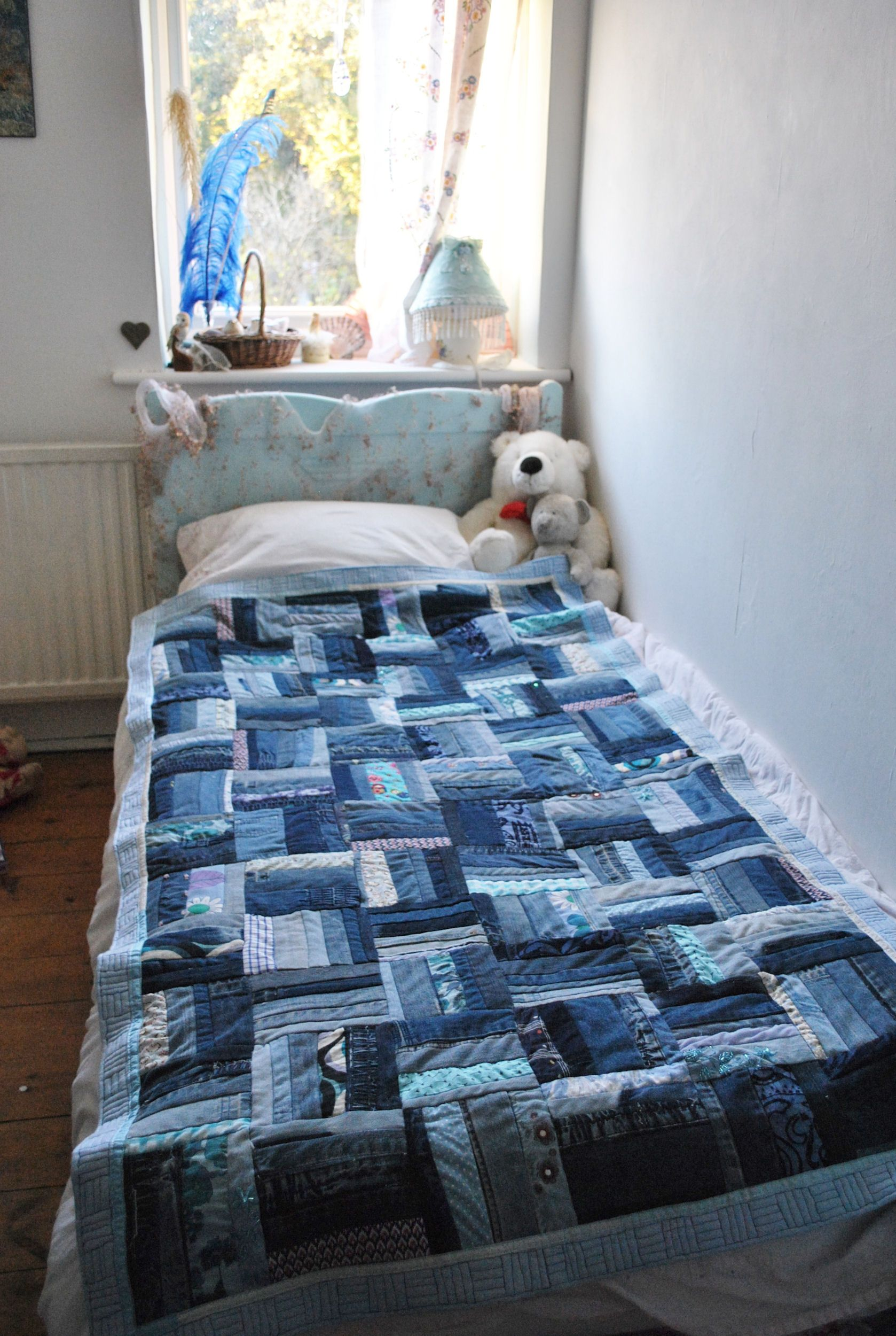 Blue Jean Quilts | Rail-fence pattern single (twin) bed quilt, in ... : patchwork quilt twin - Adamdwight.com