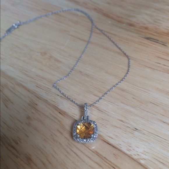 10k White gold Citrine and White Topaz necklace Bought this