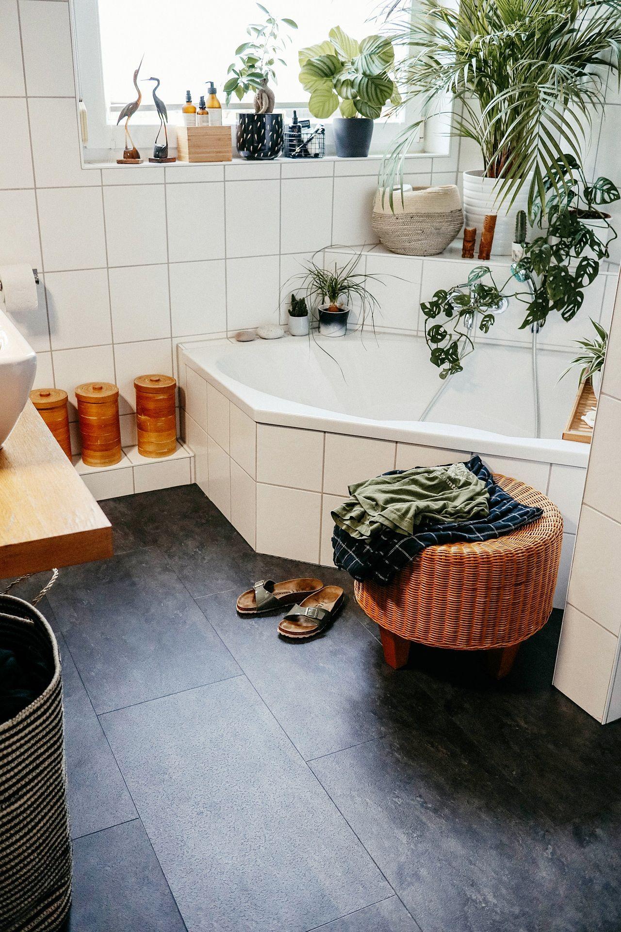 Badezimmer Fußboden Makeover – wie wir Klick Vinyl über unsere ...