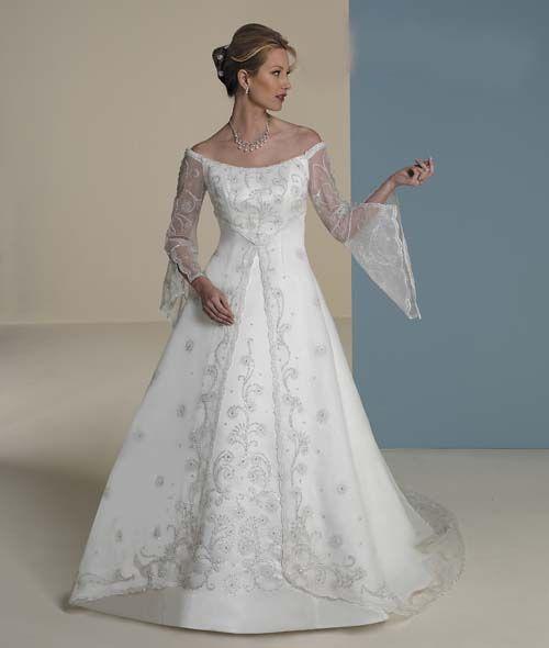 Epier amazing renaissance style wedding gown my dream wedding epier amazing renaissance style wedding gown junglespirit Gallery