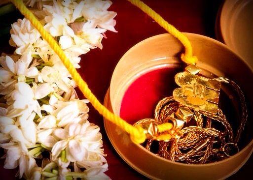 South Indian Mangalsutra Traditional Indian Wedding Mangalsutra Designs Hindu Wedding