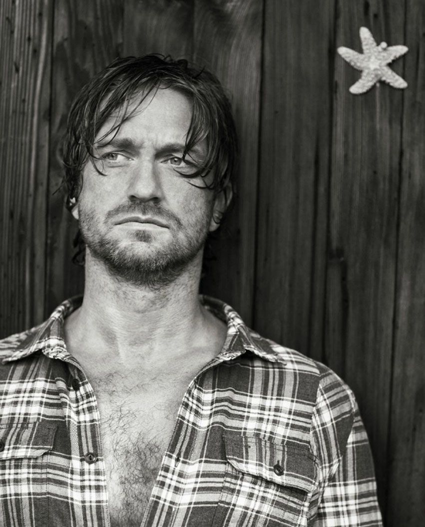 "Cele|bitchy | Gerard Butler covers Men's Journal: ""I haven't had a drink in 15 years"""