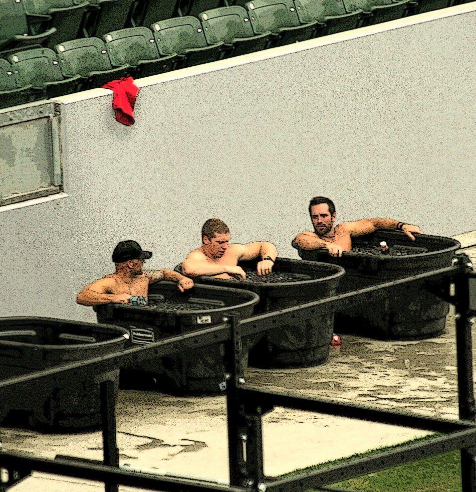 Resultado de imagen de ice bath recovery crossfit