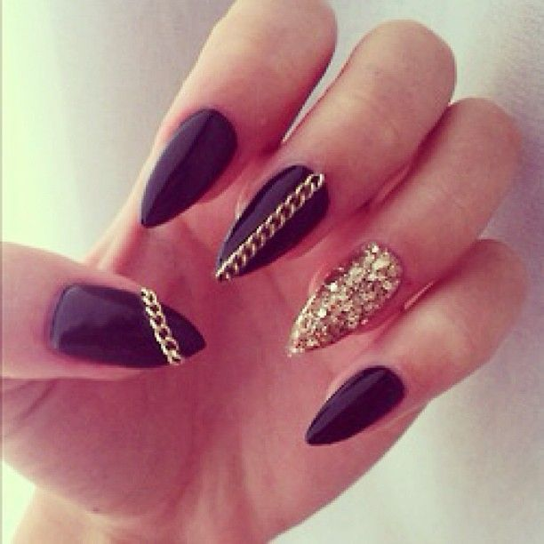 Currently obsessed with pointy nails #weheartit - @californiadreams ...