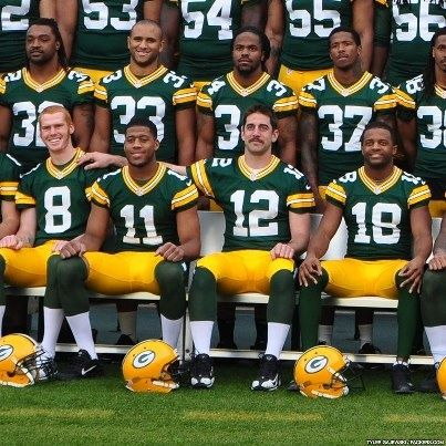 Aaron Rodgers Photo Bombing On This Years Team Photo Packers Team Green Bay Packers Packers Football