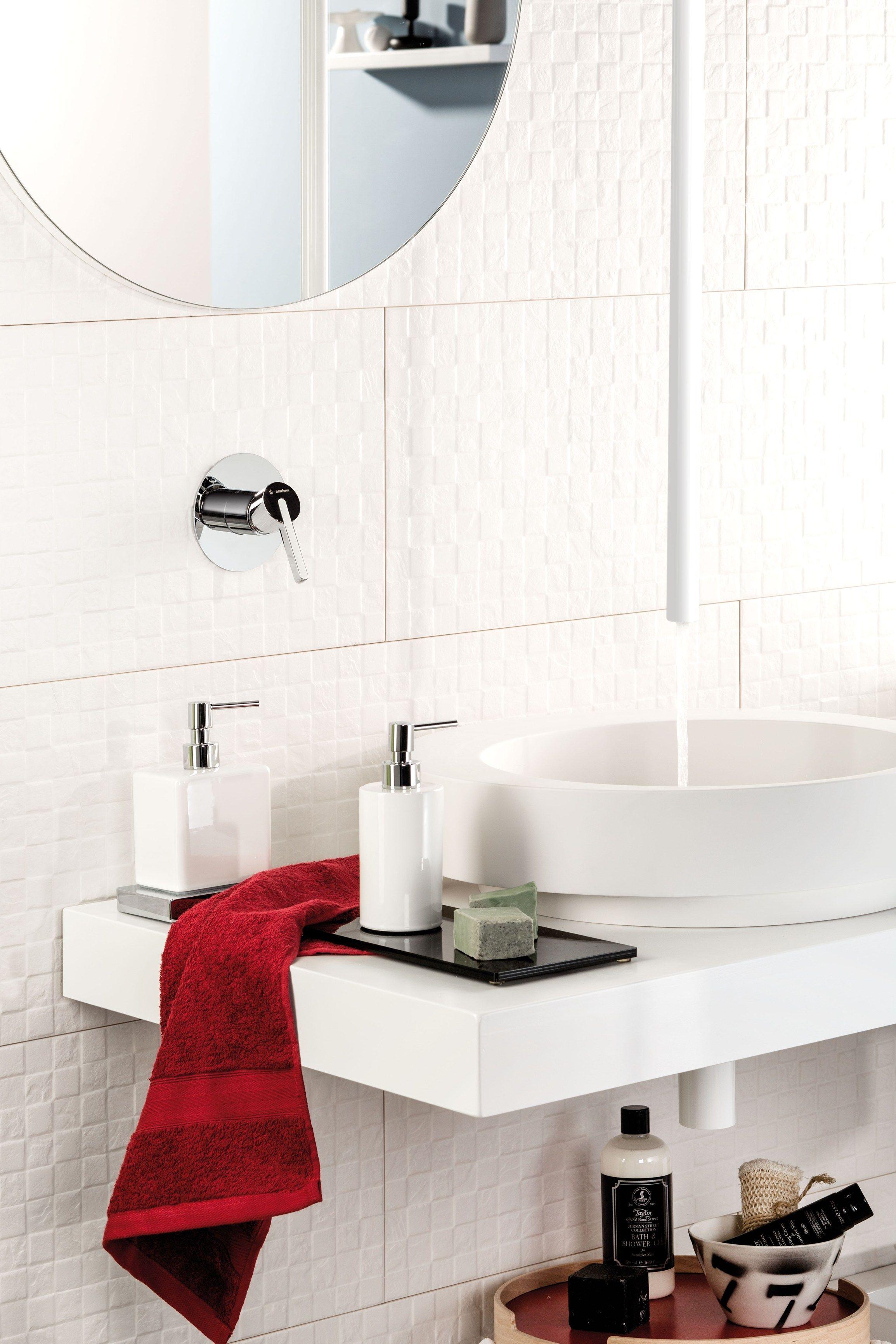 ברז מהתקרה לבן NEWFORM ERGO | Bathroom Faucets - ברזי אמבט | Pinterest
