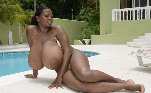 Nigerian cum  curve and pictures boob