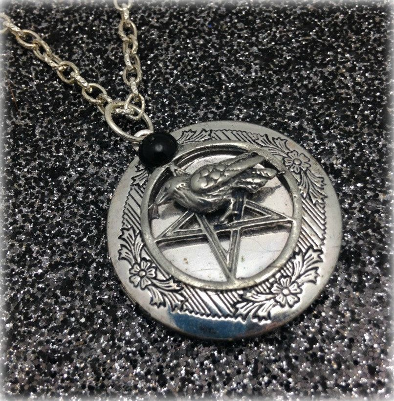 Raven Protection pentacle spell locket necklace  wiccan jewellery, pagan, Goddess, metaphysical, witchcraft jewellery,wiccan jewelry by CrysalMoonGiftss on Etsy