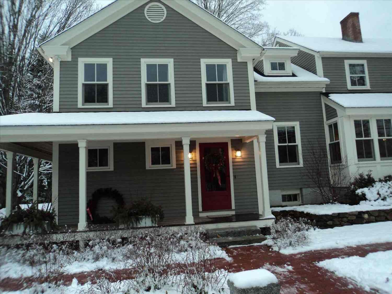 15 beautiful modern farmhouse exterior paint colors for