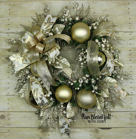 This Rich And Elegant Christmas Wreath For The Front Door Offers A