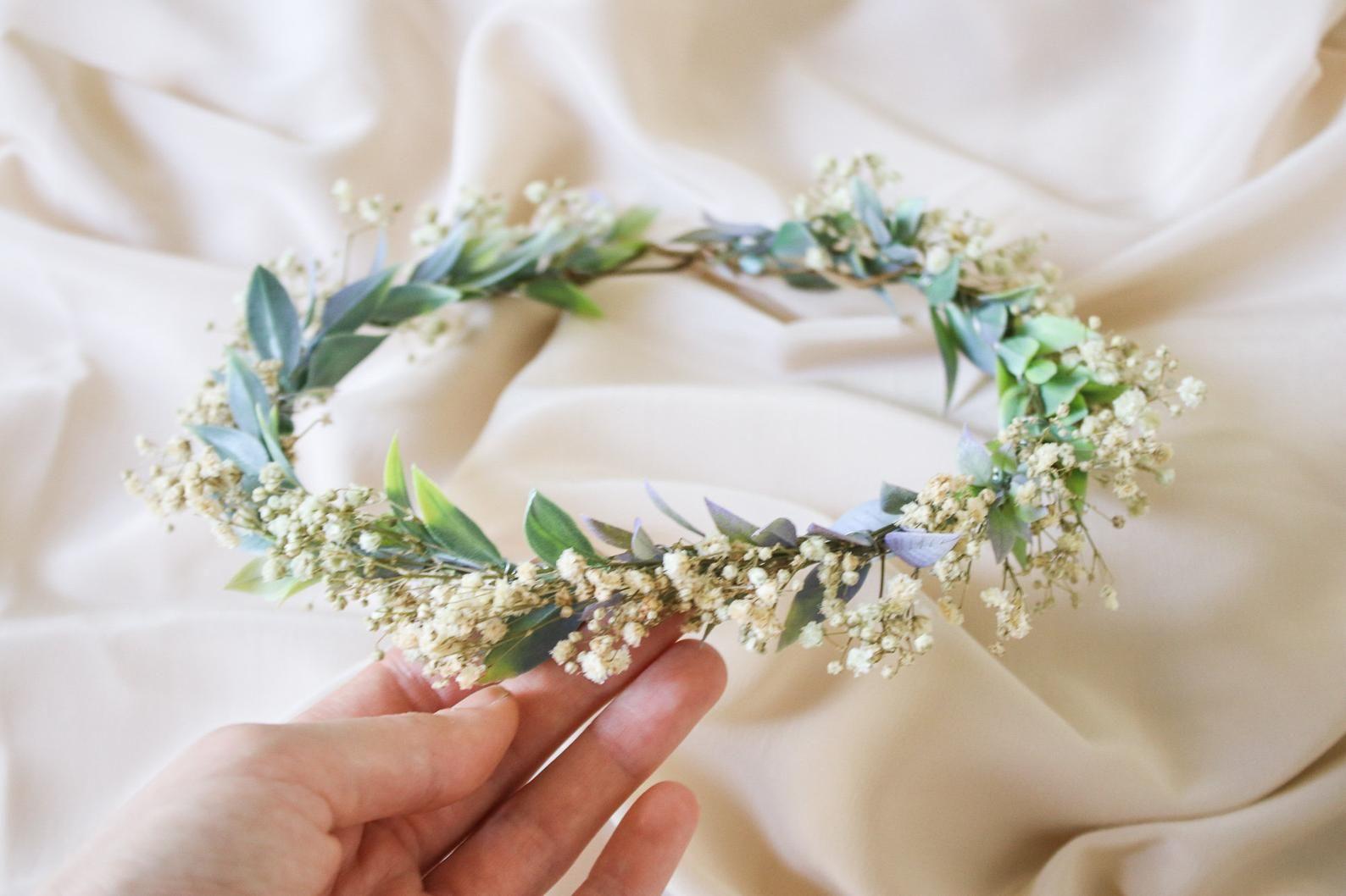 Boho Flower Wreath Baby S Breath Flower Crown Woodland Etsy In 2020 Baby Breath Flower Crown Flower Crown Wedding Wedding Flower Design