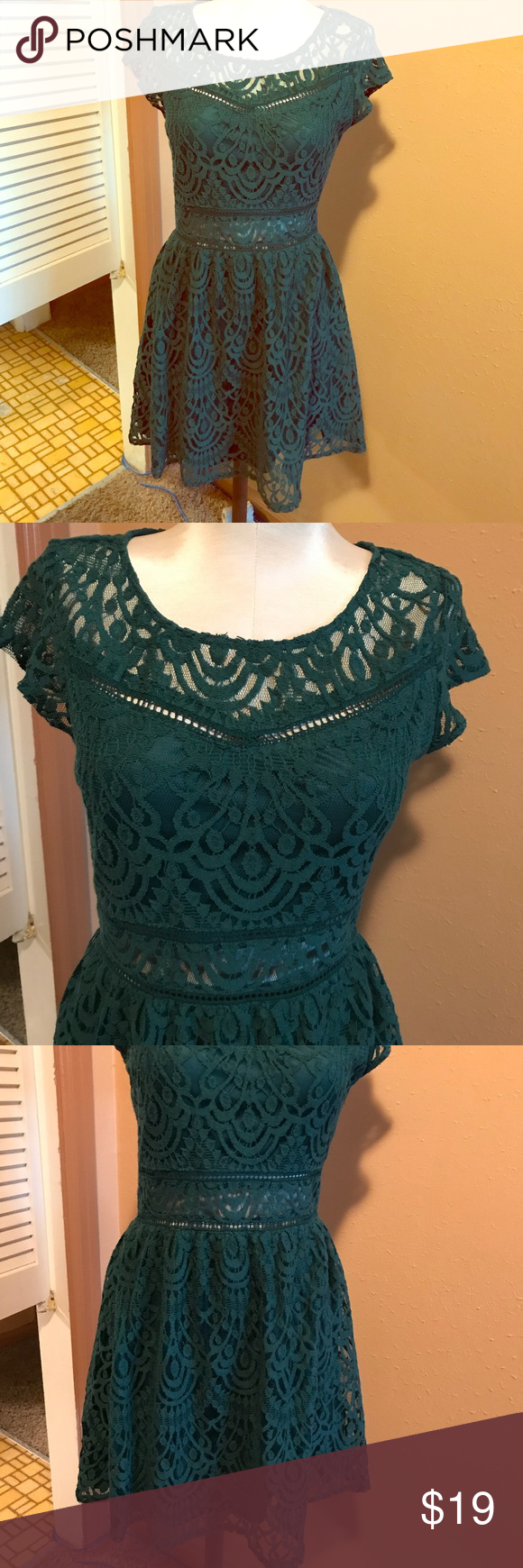 H&m green lace dress  HuM Divided Dress  Lace Green Short Sleeve NWT NWT