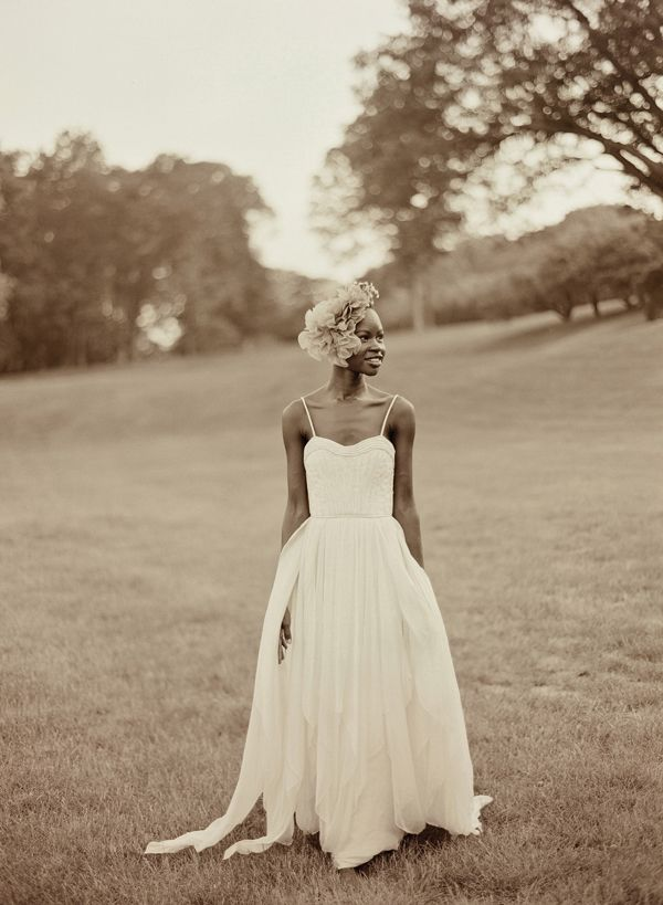 Love this pic. @Elizabeth Messina Gown by @BHLDN .