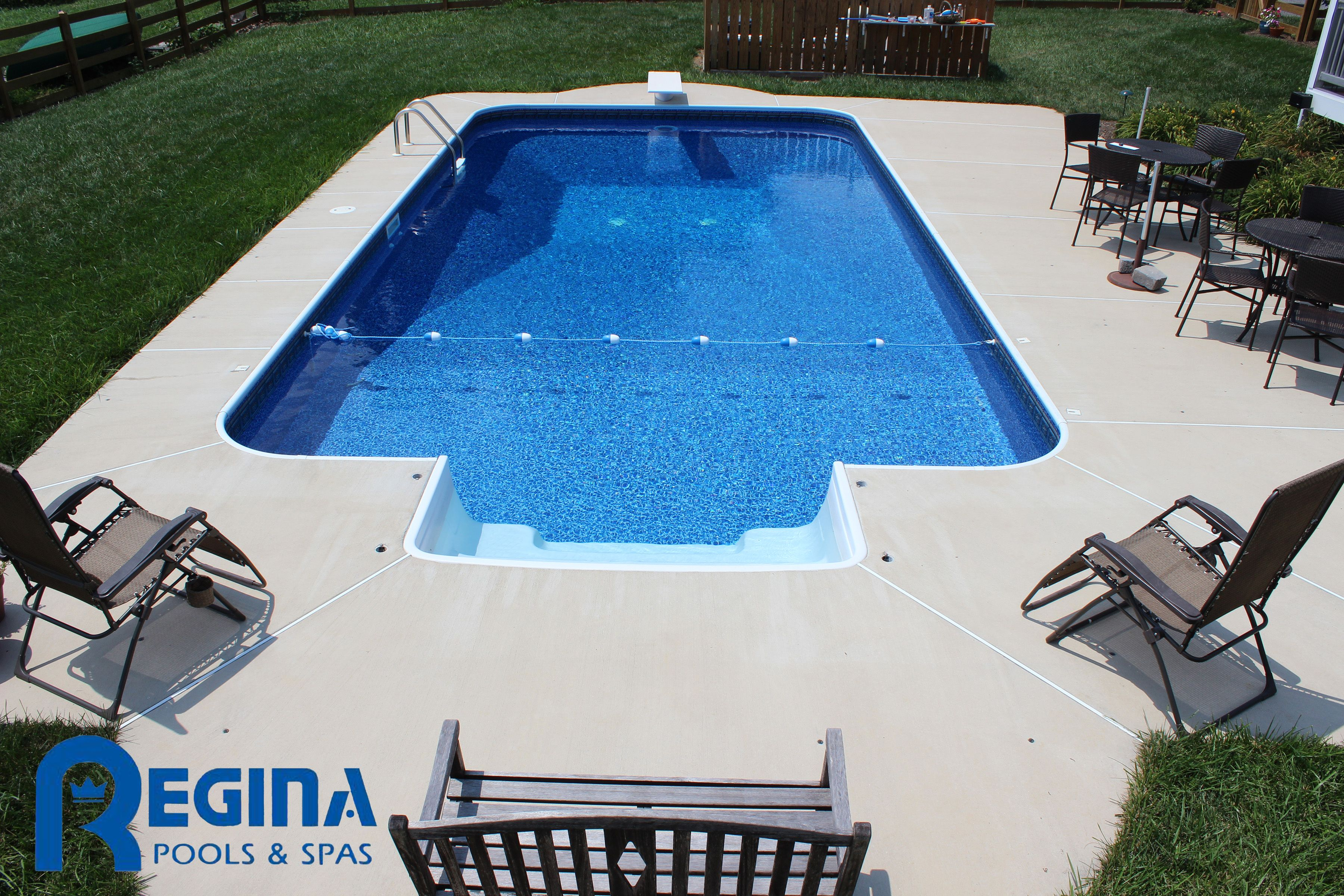 Rectangle shaped vinyl liner swimming pool with diving board and