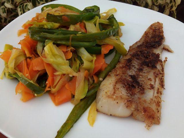Resultado de imagen para pescado a la plancha y vegetales