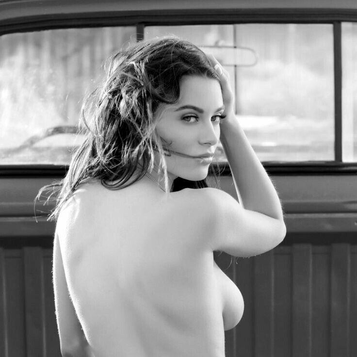 Yvette martinez nude