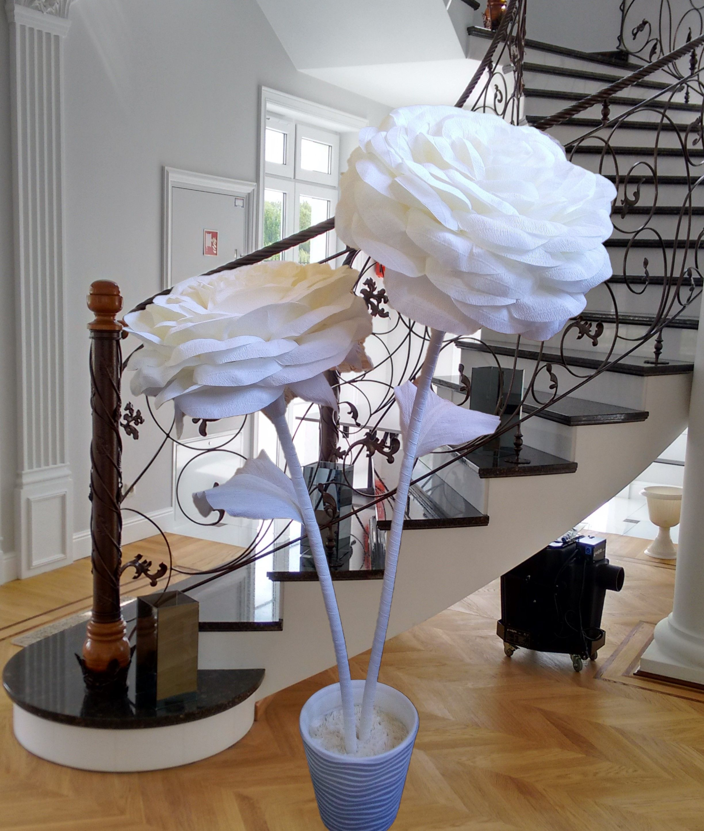 Giant Flowers Kwiaty Giganty Wielkie Kwiaty Crepe Flowers Decor Giant Flowers Home Decor
