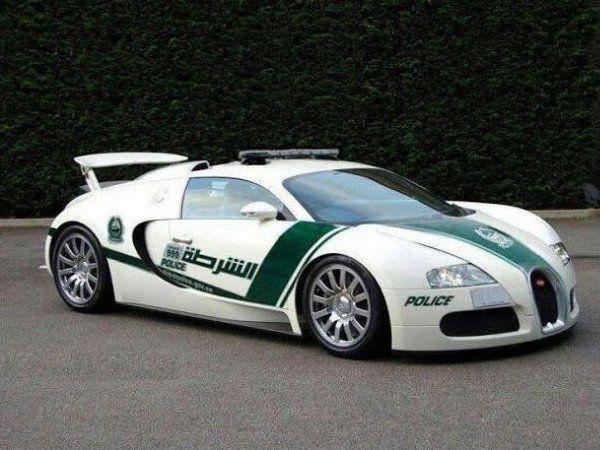 Dubai Police Add Bugatti Veyron To Their Crazy Supercar Fleet Bugatti Bugatti Veyron Police Cars