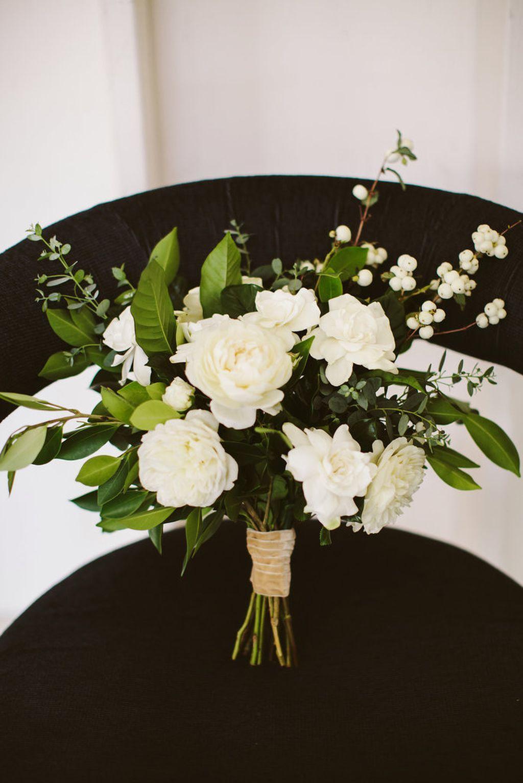 98 Simple Spring Wedding Centerpiece Ideas You Will Love Gardenia Wedding Spring Wedding Centerpieces Gardenia Wedding Bouquets