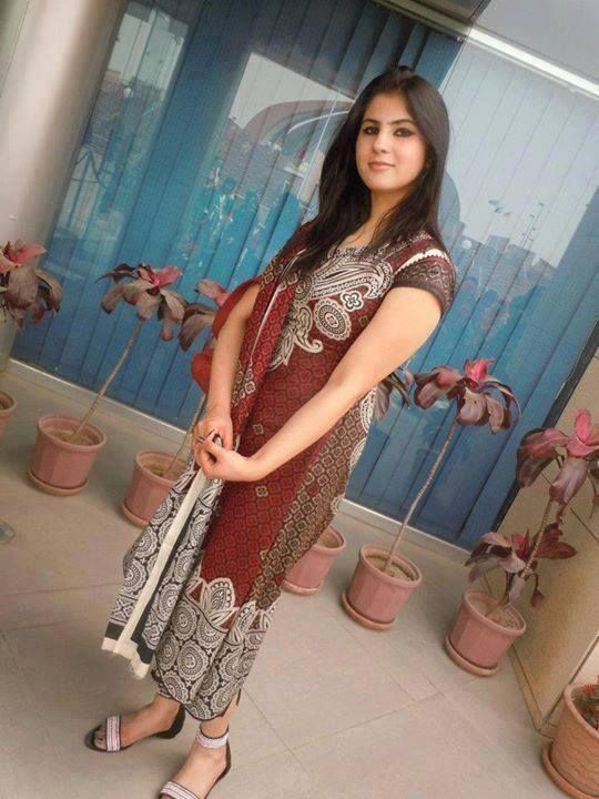 Lahore Girls Cute Style  Pakistani Girls Mobile Numbers -4374